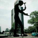 Achievement Hammering Man, 21 meters tall, painted steel