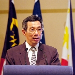 Photo from profile of Lee Hsien Loong