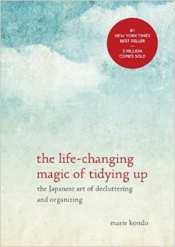 book The Life-Changing Magic of Tidying Up: The Japanese Art of Decluttering and Organizing