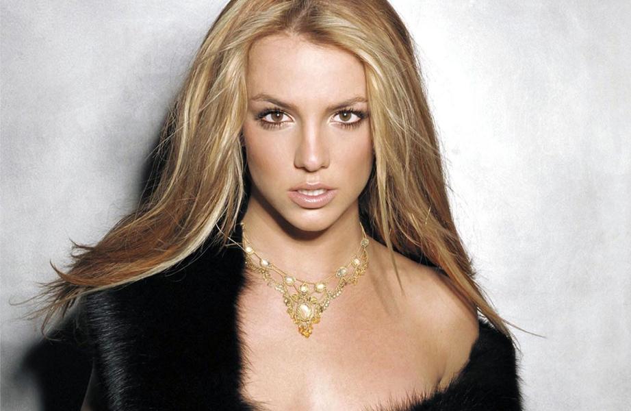 Britney Spears (born December 2, 1981), American dancer ... бритни спирс