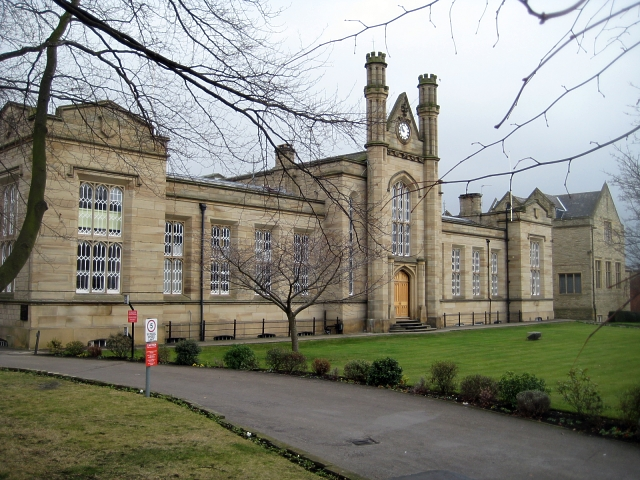 School: Queen Elizabeth Grammar School