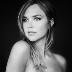Arielle Kebbel - colleague of Rob Lowe